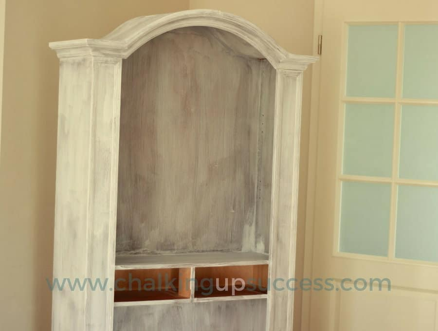 This bookcase was destined for the fire and got a beautiful makeover with Annie Sloan Chalk Paint instead. In this tutorial, you can learn how easy it is to transform old unwanted furniture into beautiful pieces for your home. There are plenty of photos & before and after shots too. #bookcase #anniesloan #chalkpaint