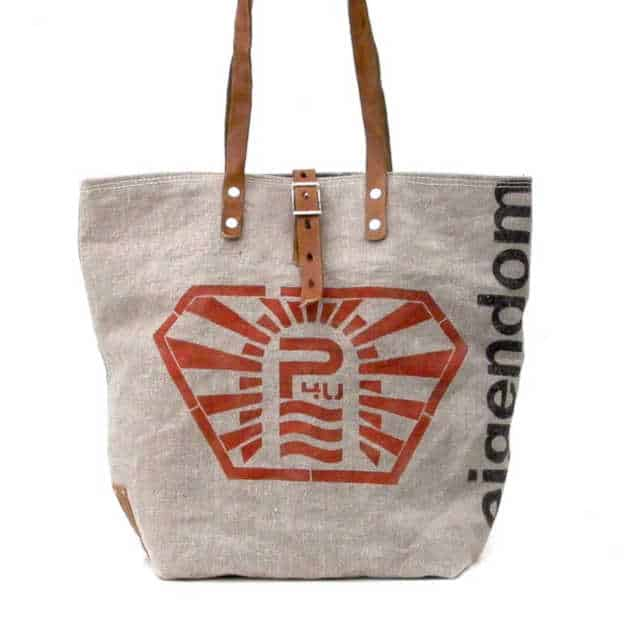 How to give a thoughtful gift that won't end up at Oxfam! Don't just give 'something' for the sake of giving. Here are some stylish eco friendly gift ideas that show you care about her AND the planet. Large tote 'shopper' made from recycled canvas sacks.