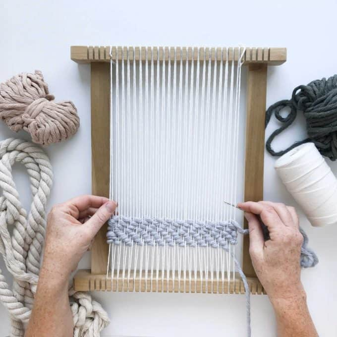 Medium budget gifts for crafters. Weaving loom kit.