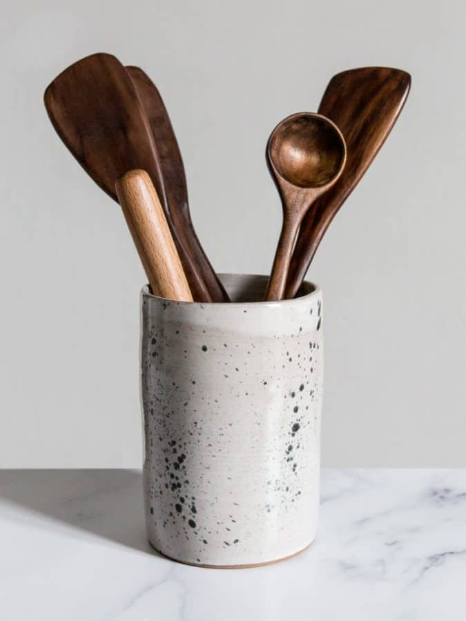 clear the clutter with this ceramic utensil holder