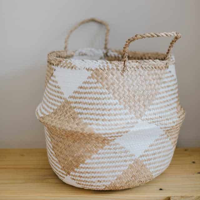 clear the clutter with this chequered belly basket
